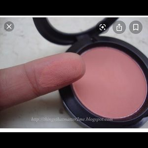 MAC Melba matte blush